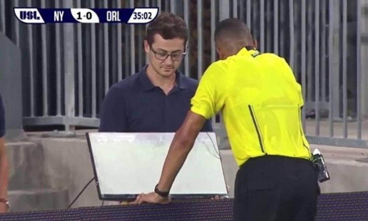 Η χρήση βίντεο σε ματς ποδοσφαίρου «κοκκίνισε» παίχτη