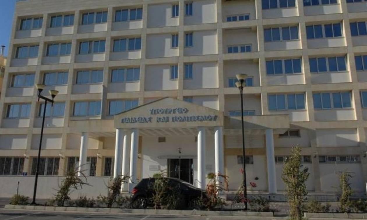 Κύπρος: Χωρίς τέλος η αντιπαράθεση μεταξύ Γενικού Ελεγκτή και υπουργείου Παιδείας