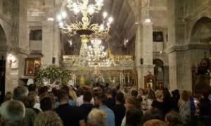 Παναγία Εκατονταπυλιανή της Πάρου: Τι λέει ο θρύλος για τη μία θύρα που μένει κλειστή (video)