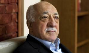 Τουρκία: Δις ισόβια και 1.900 χρόνια φυλακή στον Γκιουλέν ζητά η Εισαγγελία