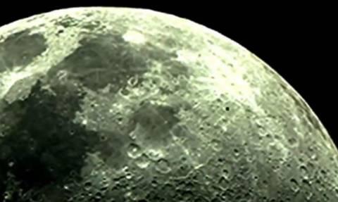 Ερασιτέχνης αστρονόμος κατέγραψε live «UFO» στο φεγγάρι (video)