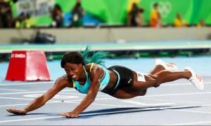 Ρίο 2016: Η... θεαματική βουτιά της χάρισε το χρυσό μετάλλιο στα 400μ. (vid)