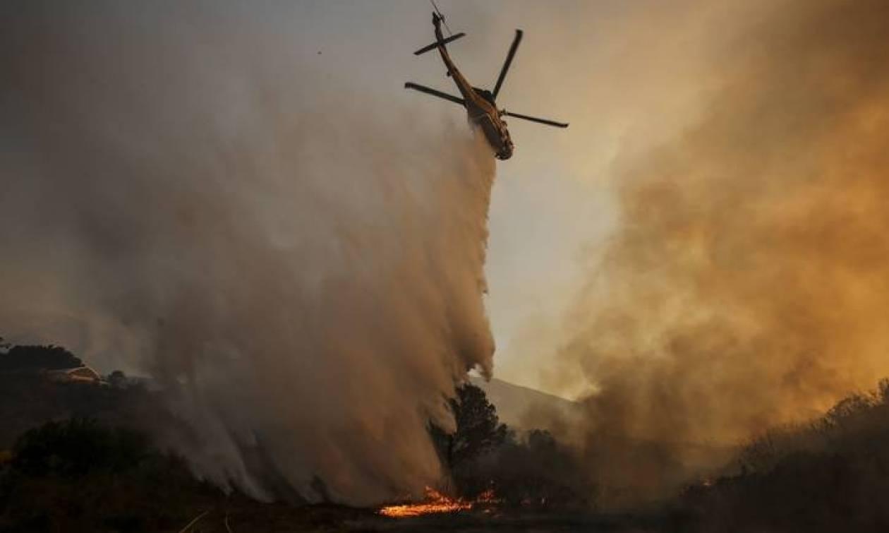 ΗΠΑ: Καίγεται η Καλιφόρνια - Τουλάχιστον 82.600 κάτοικοι απομακρύνθηκαν