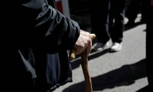 Σοκ για χιλιάδες συνταξιούχους - Έρχεται νέο «τσεκούρι»