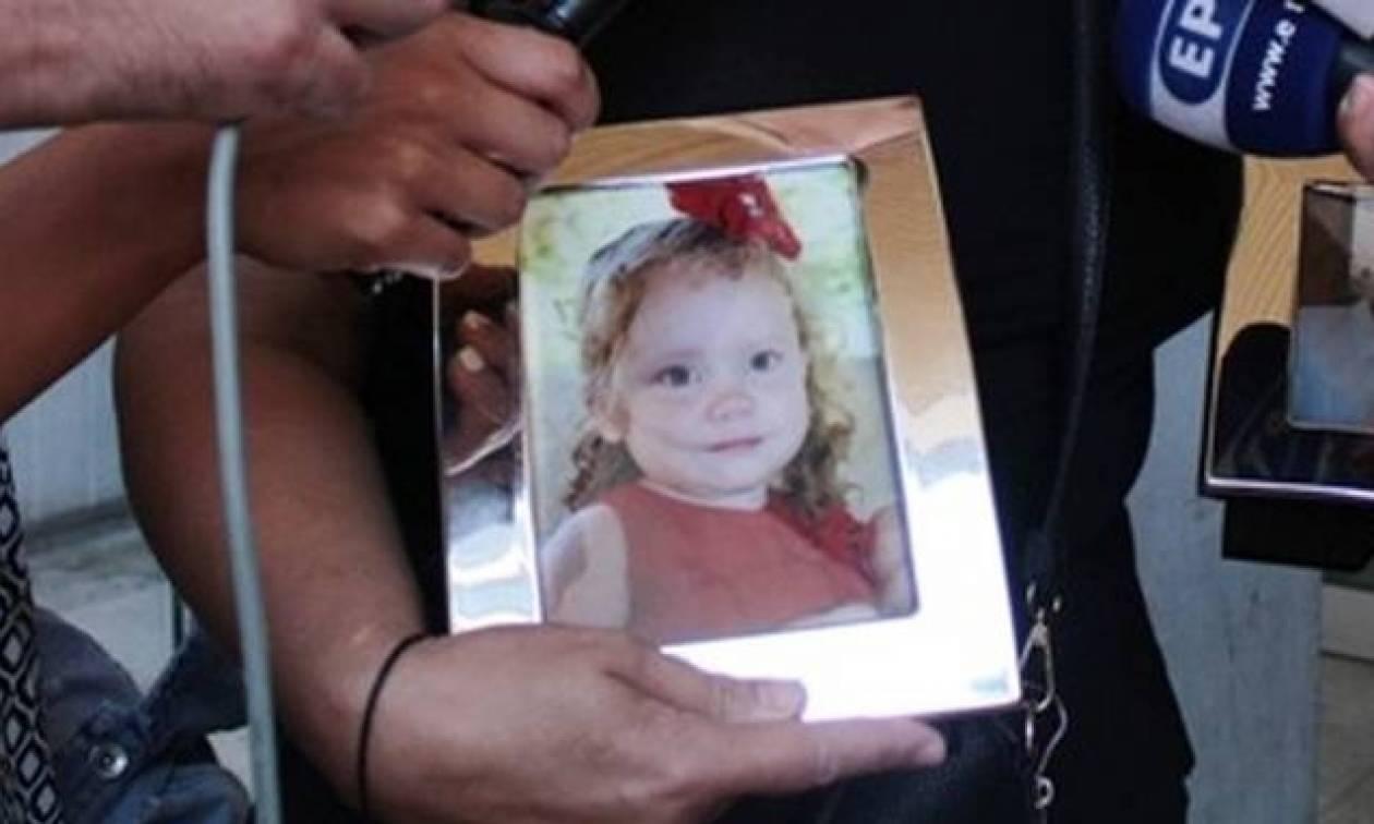 Τραγωδία στην Αίγινα - Ξεσπά η μητέρα της 5χρονης: Πέρασε σαν μαχαίρι τη ζωή μας