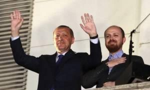 Αδιανόητο: Ο Ερντογάν μιλάει για το μακελειό στο Γκαζιαντέπ και ο γιος του γελάει! (vid)