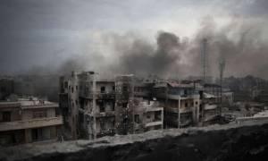 Συρία: Ο τουρκικός στρατός πλήττει Κούρδους και τζιχαντιστές για να ανοίξει διάδρομο στους αντάρτες