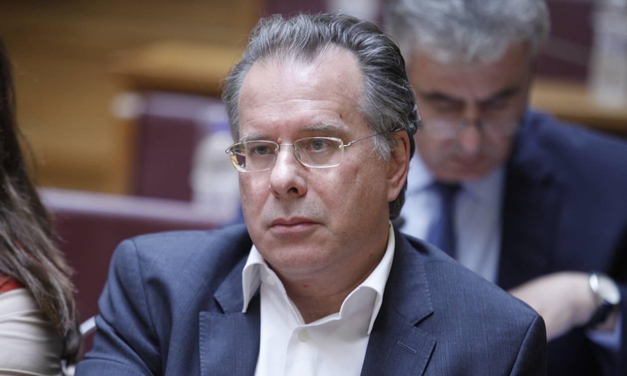 Κουμουτσάκος κατά Τσίπρα: Πριν δώσει κάλπικες υποσχέσεις να απαντήσει στα ερωτήματα των Ελλήνων