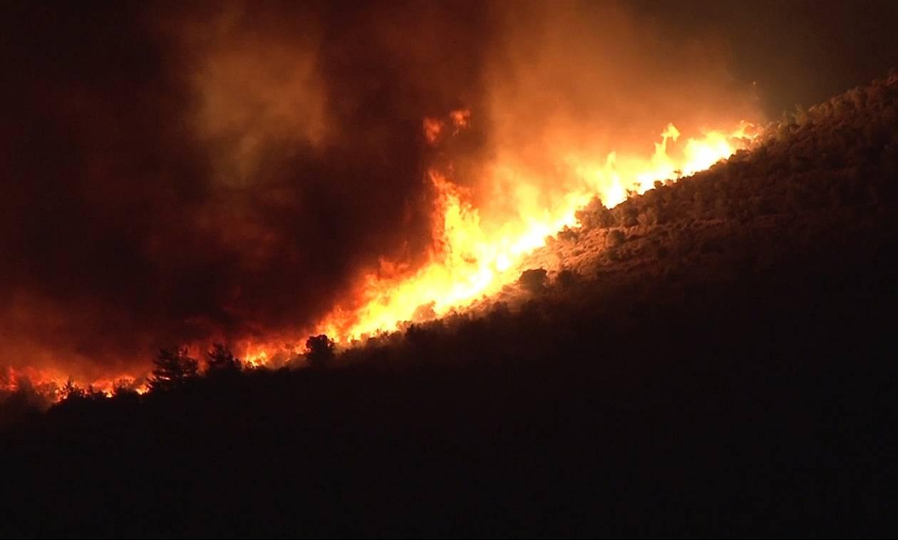 Φωτιά Χίος: Τρία μεγάλα μέτωπα κατακαίνε το νησί