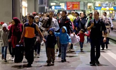 Έως 400.000 πρόσφυγες αναμένονται φέτος στην Γερμανία