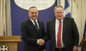 Ανεπίσημη συνάντηση Κοτζιά - Τσαβούσογλου στην Κρήτη