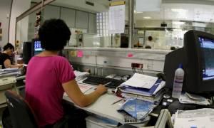 Δημόσιο: Έρχονται σαρωτικές αλλαγές με μετακινήσεις 50.000 υπαλλήλων