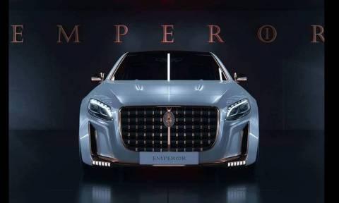 Το Scaldarsi Emperor I είναι η πιο κιτς παραλλαγή της Mercedes Maybach S600