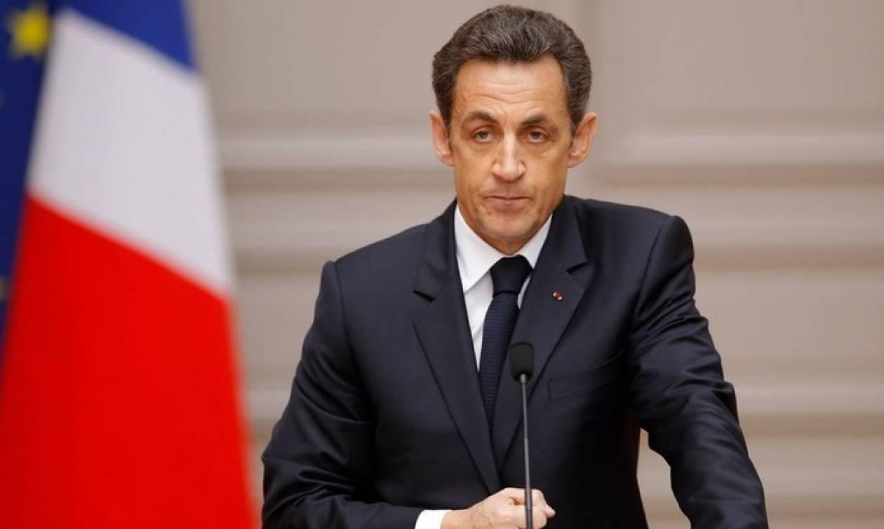 Γαλλία: Ο Σαρκοζί υπόσχεται πως θα καταργήσει το μπουρκίνι αν εκλεγεί ξανά