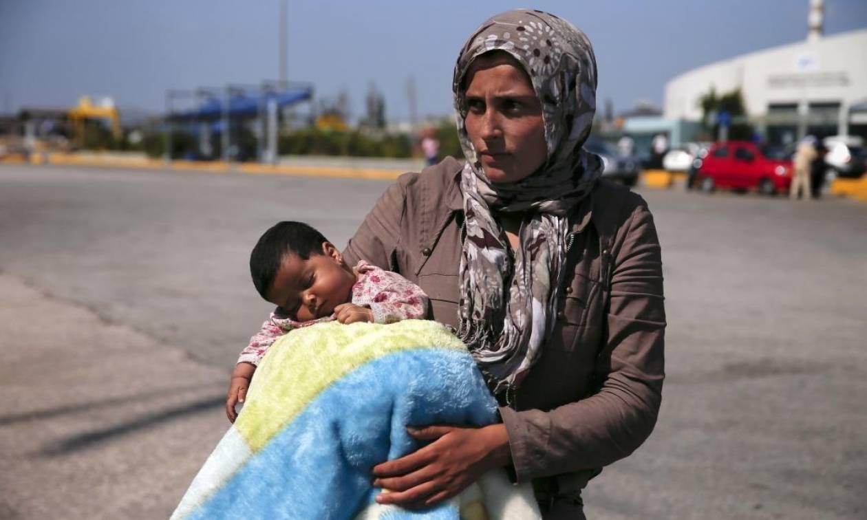Οι ΗΠΑ υποδέχονται πανηγυρικά τον 10.000ό Σύρο πρόσφυγα στο έδαφος τους (Vid)