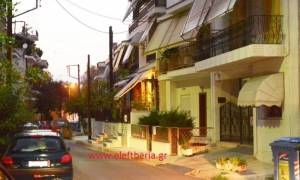 Σοκ στη Λάρισα: 3χρονο παιδί έπεσε από όροφο κατοικίας