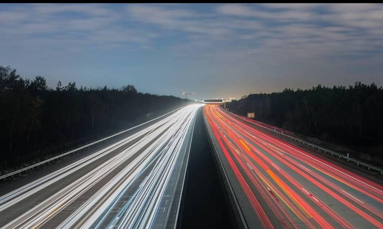 Οι γερμανικές Autobahnen που δεν έχουν όρια ταχύτητας είναι τουριστική ατραξιόν