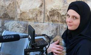Γνωστή Αμερικανίδα δημοσιογράφος ξέφυγε από τους τζιχαντιστές και βρέθηκε φυλακισμένη στην Τουρκία