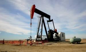 Σιγκαπούρη: Η συναλλαγματική ισοτιμία «σήκωσε» το πετρέλαιο