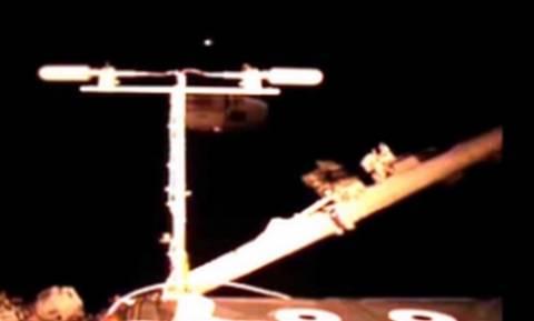 Βίντεο ντοκουμέντο της NASA: Οι εξωγήινοι μάς παρακολουθούν;