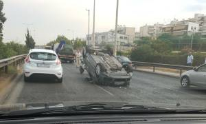 Προσοχή! Σοβαρό τροχαίο στην Εθνική Οδό - Μεγάλο το μποτιλιάρισμα (pics)