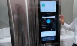 H LG παρουσίασε ψυγείο με… Windows 10 (video)