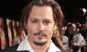 Johnny Depp: Για ποιο ελληνικό νησί προσφέρει εκατοντάδες εκατομμύρια;