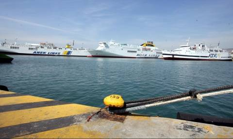 ΣΥΡΙΖΑ και εφοπλιστές ετοιμάζουν μισθούς πείνας για τους ναυτικούς
