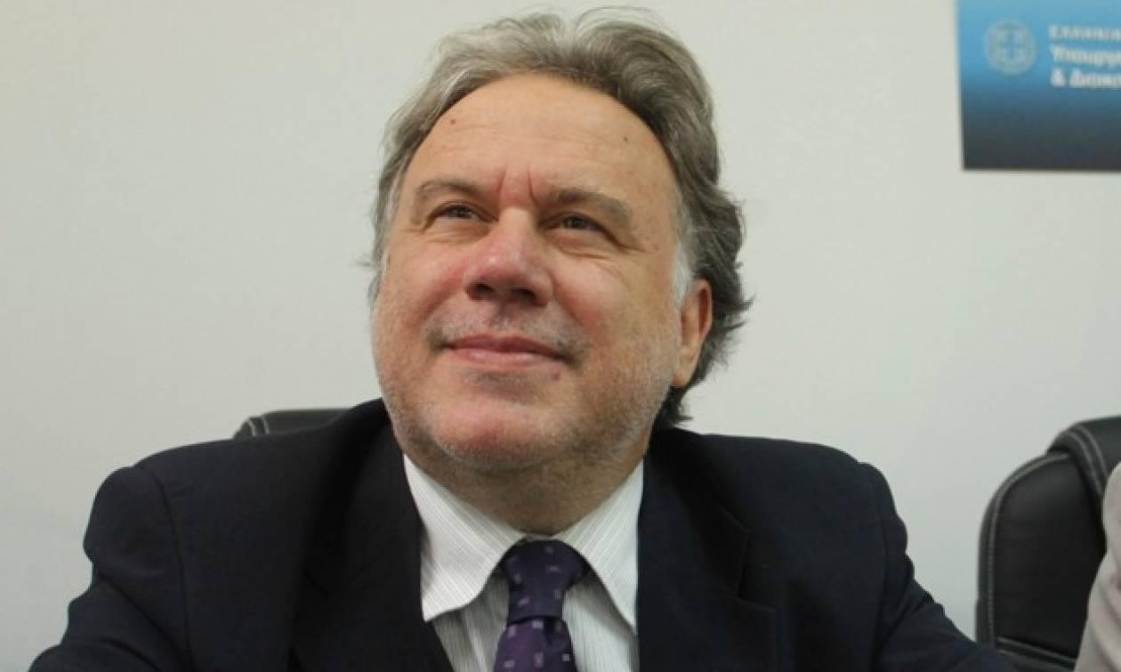 Κατρούγκαλος: Παραδέχεται την επερχόμενη λαίλαπα στα εργασιακά και τα ρίχνει όλα στο ΔΝΤ