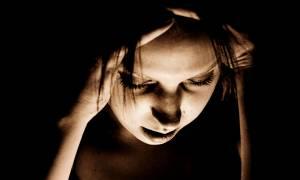 Υπέφερε από τρομακτικούς πονοκεφάλους μέχρι που οι γιατροί ανακάλυψαν κάτι φρικιαστικό! (vid+pics)
