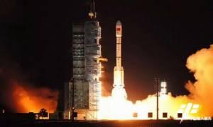 Δυναμικά μπαίνει η Κίνα στην κούρσα του διαστήματος εκτοξεύοντας το δεύτερο διαστημικό σταθμό της