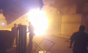 Συρία: 12 νεκροί σε βομβαρδισμό φορτηγών με ανθρωπιστική βοήθεια (video)