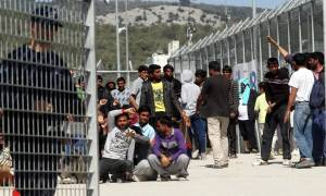 Τώρα αναζητούν πλοίο για να φιλοξενήσουν τους πρόσφυγες της Μόριας
