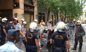 Ελεύθερα τα μέλη του «Ρουβίκωνα» που εισέβαλαν στα γραφεία των ελεγκτών ΜΜΜ