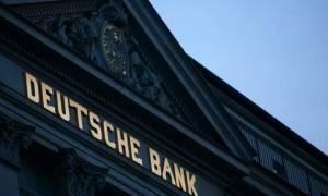 Η «κατρακύλα» της μετοχής της Deutsche Bank τρομάζει την ΕΕ