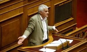 Ρήγμα στην κυβέρνηση: Τσιρώνης και Δημαράς δεν ψηφίζουν τη μεταβίβαση ΕΥΔΑΠ και ΕΥΑΘ στο Υπερταμείο