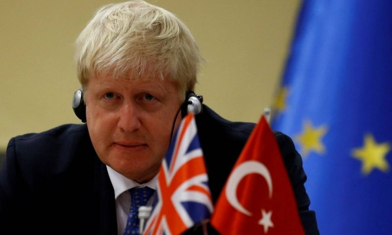 Το αποτυχημένο πραξικόπημα και το προσφυγικό στην ατζέντα του Μπόρις Τζόνσον στην Τουρκία