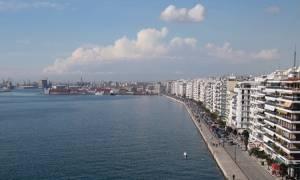 Θεσσαλονίκη: Εισαγγελική έρευνα για τη δυσοσμία - Ενοχλήσεις σε μάτια και λαιμό καταγγέλουν μαθητές