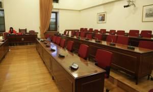 Βουλή: Κόντρα στην Εξεταστική για τα θαλασσοδάνεια