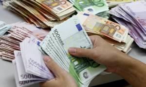 Kοινωνικό Eισόδημα Aλληλεγγύης: Άρχισαν οι πληρωμές στους δικαιούχους