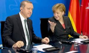 Η Γερμανία «κάνει πλάτες» στον Ερντογάν: Δεν είδε, δεν άκουσε τις δηλώσεις του
