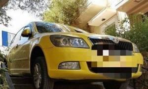 Δεν θα πιστέψετε που πάρκαρε αυτός ο ταξιτζής! (photo)