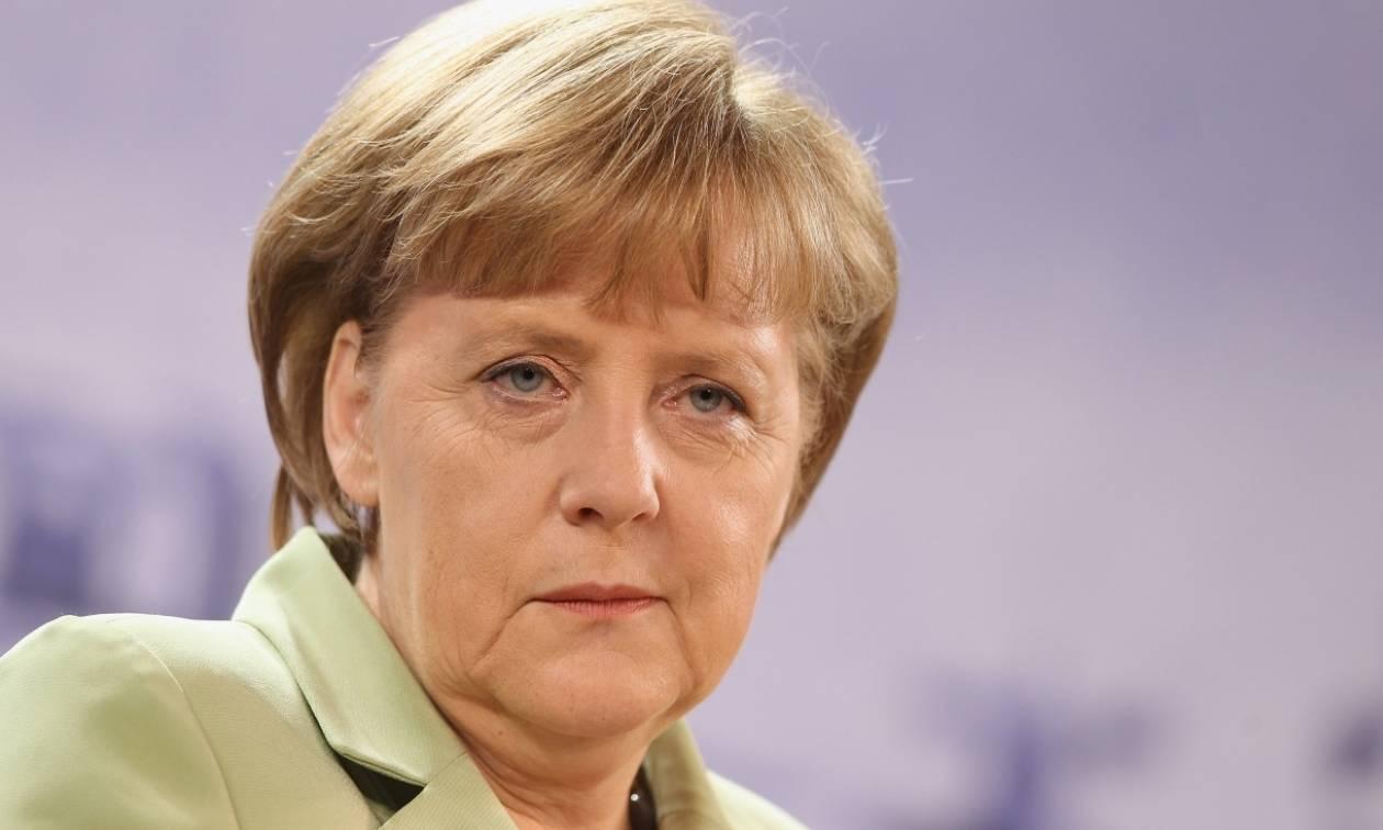 Γερμανία: Η Μέρκελ δεν έχει τη δυνατότητα διάσωσης της Deutsche Bank