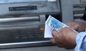 Η τρίτη πράξη του δράματος μπροστά στα ΑΤΜ για χιλιάδες συνταξιούχους