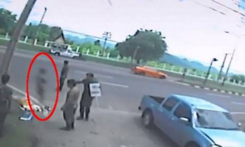 Ανατριχιαστικό βίντεο: H «ψυχή» μιας γυναίκας αφήνει το σώμα της μετά από τροχαίο δυστύχημα;