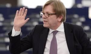 Φερχόφσταντ: Οι Ευρωπαίοι αντιμετωπίζουν την Ελλάδα ως λογιστική άσκηση