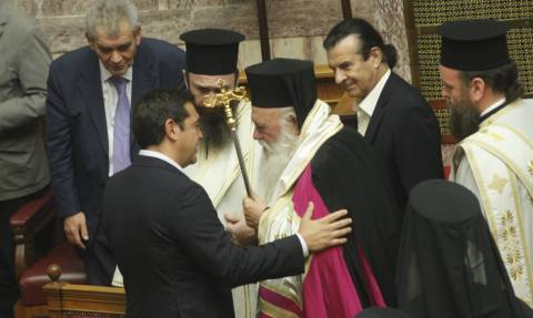 Ραγδαίες εξελίξεις - Συνάντηση με τον πρωθυπουργό σήμερα ζητάει ο Ιερώνυμος