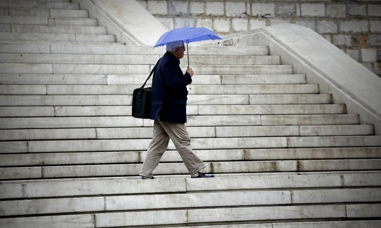 Καιρός: Κατακόρυφη πτώση της θερμοκρασίας – Πού θα βρέξει την Πέμπτη