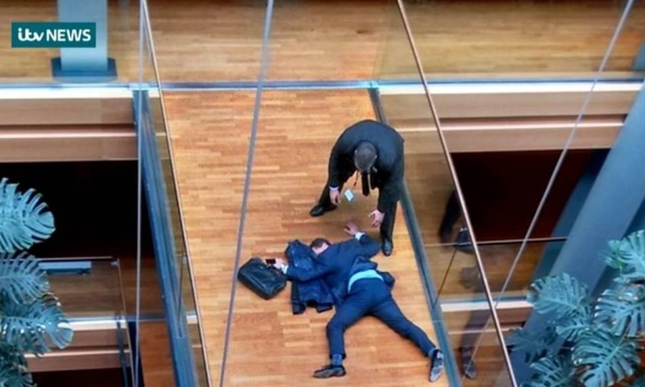 Άγριο ξύλο στο Ευρωκοινοβούλιο: Αισιόδοξα τα μηνύματα για την υγεία του ευρωβουλευτή (vid)