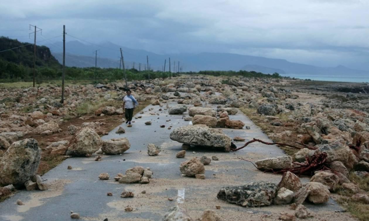 Τρόμος στις ΗΠΑ απο το φονικό τυφώνα Μάθιου - Τουλάχιστον 108 νεκροί (videos)
